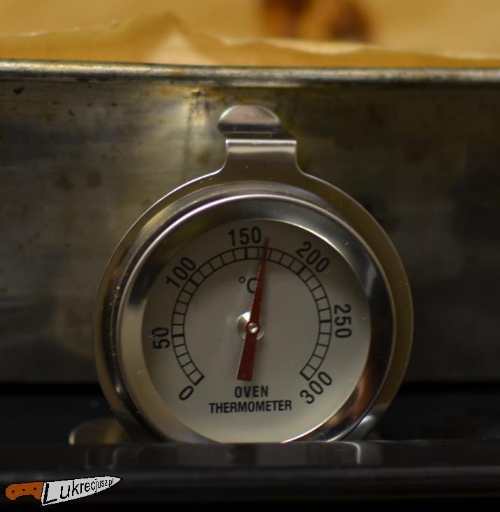 Termometr w piekarniku