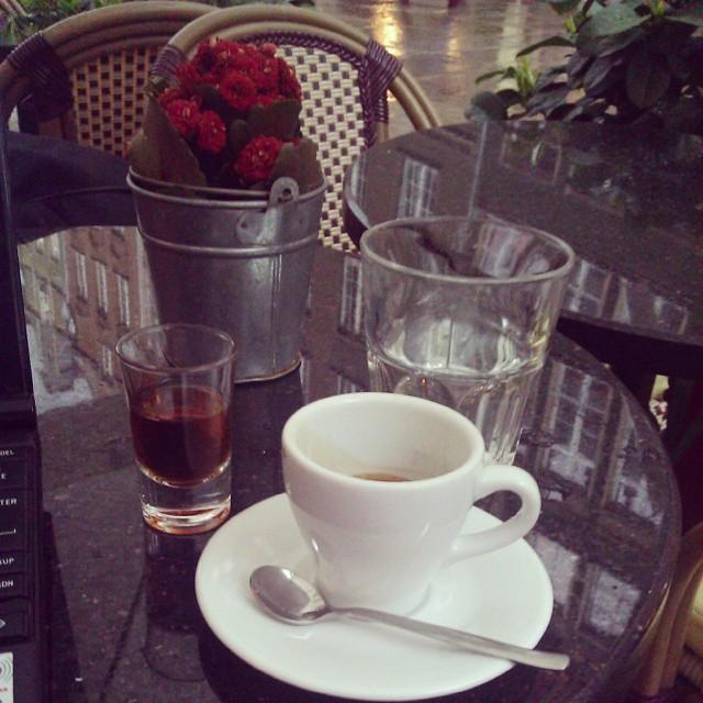 #ron #zacapa może i ma 23 lata ale oleisty i gryzie. #gdańsk #burza #espresso #rum #dogadzamsobieca