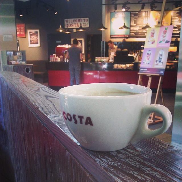 Koniec zakupów, kończąca się #kawa  czas ruszać z powrotem #costa #coffe #americano #coffeporn