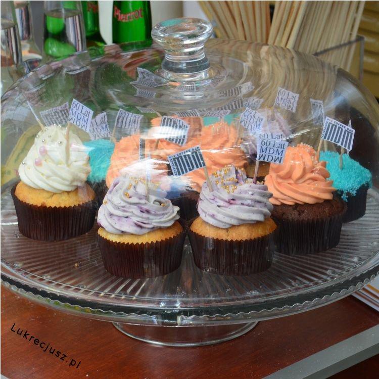 Cupcakes z chorągiewką