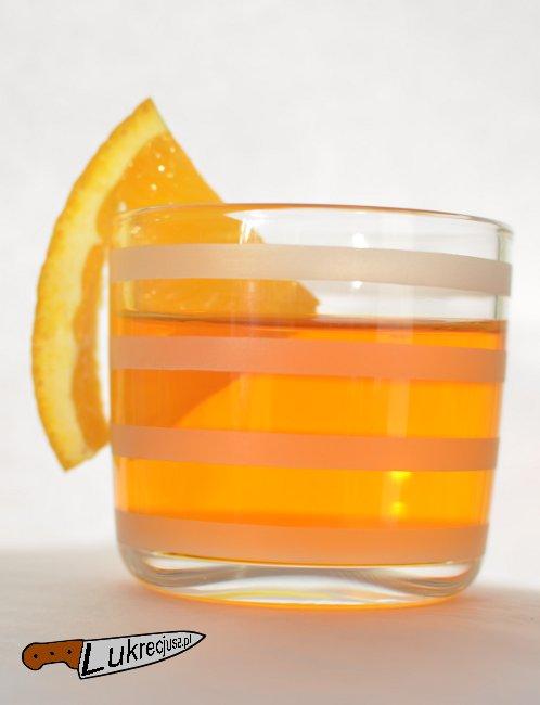 drink wyborowa dziki cynamon z pomarańczą